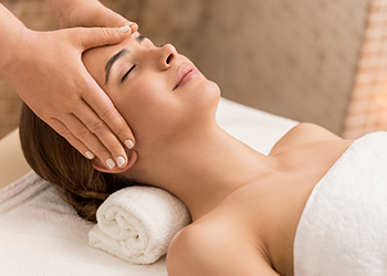 Indian-Head-Massage-Training-Course